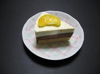 チョコレート&オレンジムースケーキ~カット.jpg